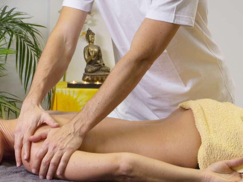 Les fauteuils de massage peuvent-ils remplacer les services d'un salon de massage ?